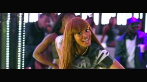 video-premiere-davido-naughty-ft